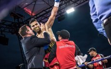 Mohammed Rabii slaat Guiseppe Lauri in derde ronde knockout (video)